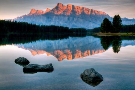 Фото гора, скала, вода, отражение