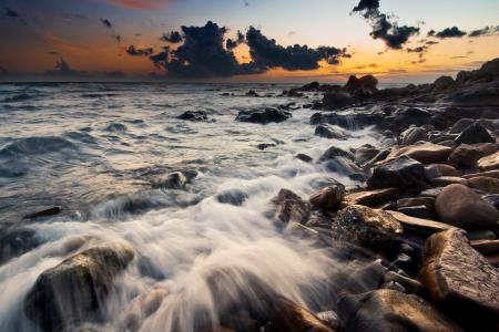 Фотографии море, вечер, небо, камни