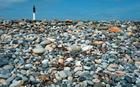 Картинки маяк, небо, камни, пейзаж