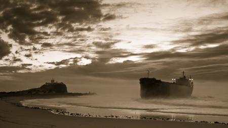 Заставки Море, Берег, Пляж, Корабль