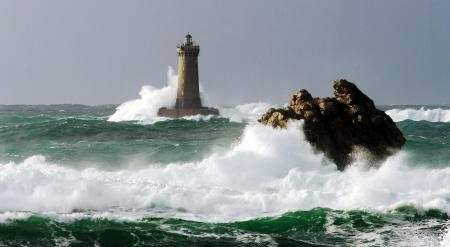 Заставки природа, море, волны, скалы