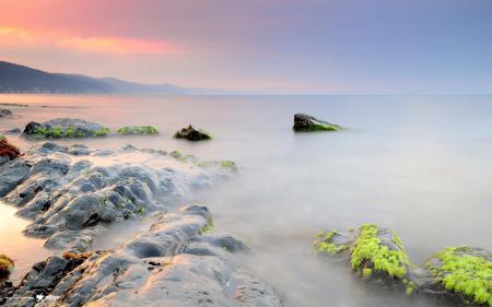 Фотографии море, камни, небо, горы