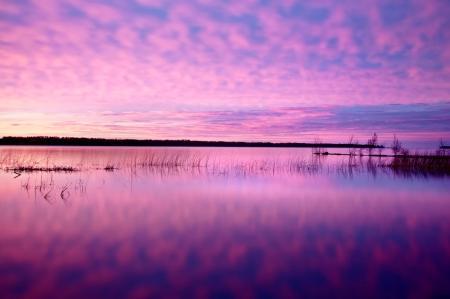Фотографии небо, озеро, облака, трава