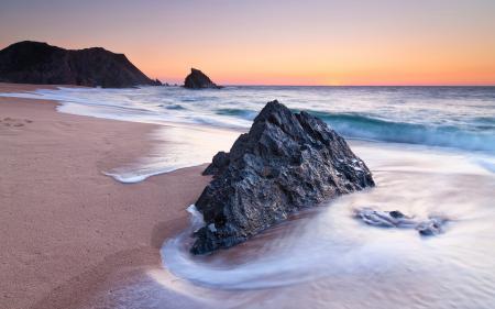 Фото берег, песок, камень, скала