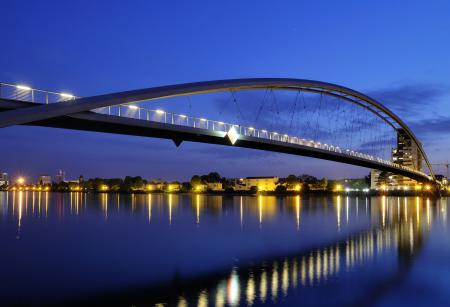 Заставки The Three Country Bridge, night, Huningue, France