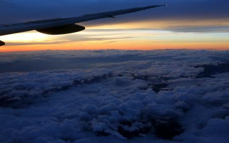 Фото небо, самолёт, крыло, облака