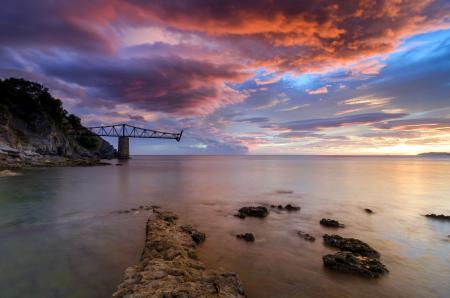 Обои море, закат, небо, мост