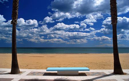 Заставки море, песок, пальмы, лавочка
