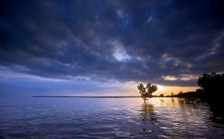 Обои закат, озеро, пейзаж