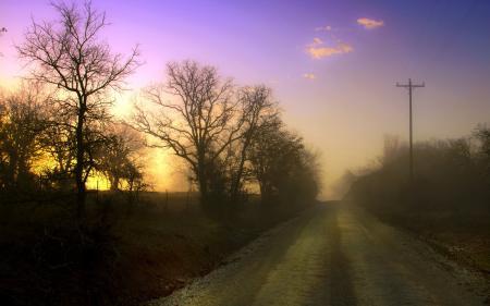 Обои закат, дорога, туман, пейзаж