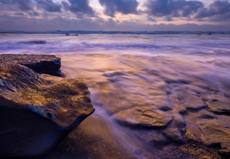 Заставки море, камни, скалы, потоки