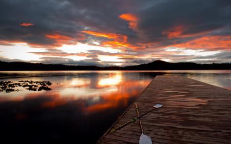 Фотографии закат, озеро, мост, вёсла