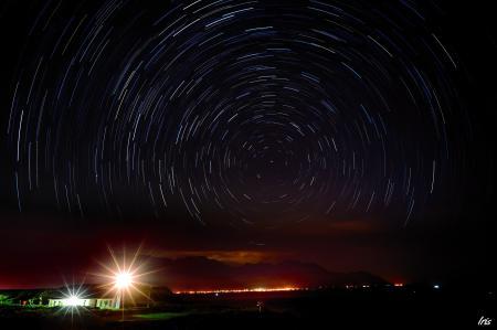 Картинки ночь, постройки, огни, звездное небо