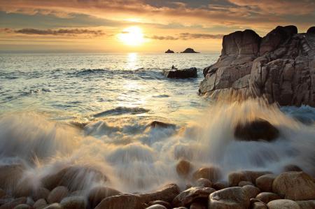 Картинки море, волны, камни, берег