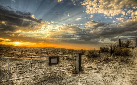 Картинки закат, поле, забор, пейзаж