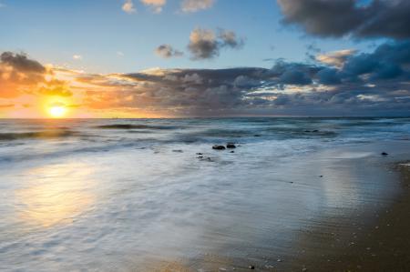 Фотографии море, пляж, камни, солнце