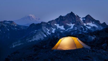 Картинки Горы, снег, палатка, вершина