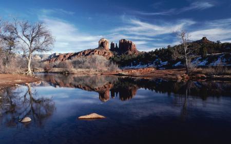 Картинки гора, озеро, деревья