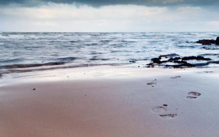 Обои море, небо, закат, следы