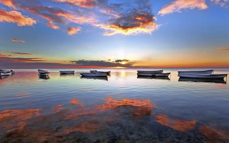 Фотографии вода, лодки, небо, отражение
