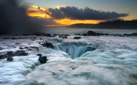 Заставки море, волны, камни, закат