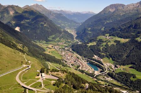 Фотографии Швейцария, горы, дорога, озеро