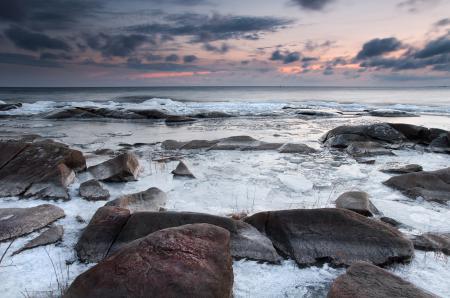 Заставки море, закат, камни, пейзаж