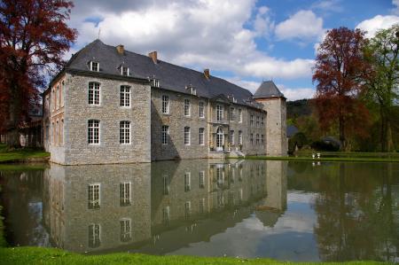 Картинки Замок, castle, пруд, вода