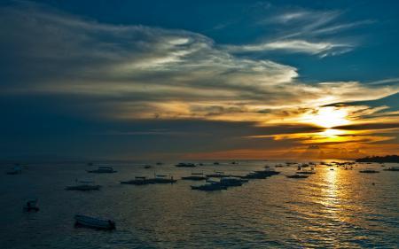 Заставки ночь, небо, море, лодки