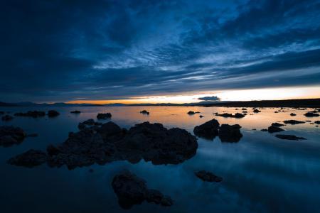 Фото озеро, камни, закат, вечер