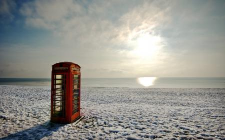 Заставки море, пляж, телефонная будка, пейзаж