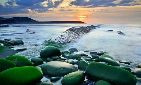 Фото море, небо, камни, вода