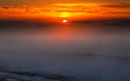 Обои море, волны, туман, облака