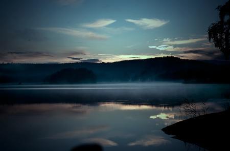Фотографии вечер, река, берег, горизонт