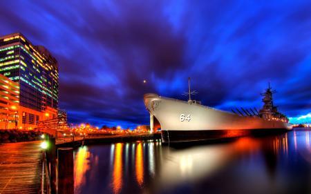 Обои Город, корабль, ночь