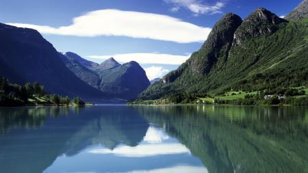 Заставки Природа, горы, лес, озеро