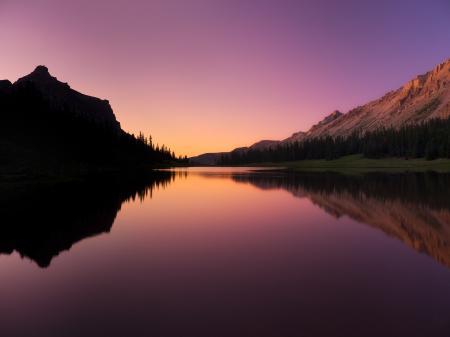 Обои озеро, горы, лес, небо