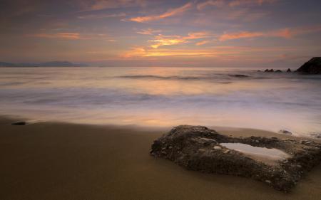 Фото закат, небо, берег, камни