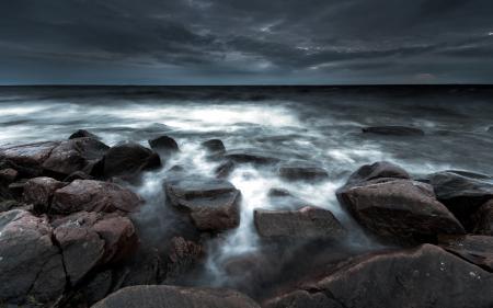 Фото море, ночь, камни, пейзаж