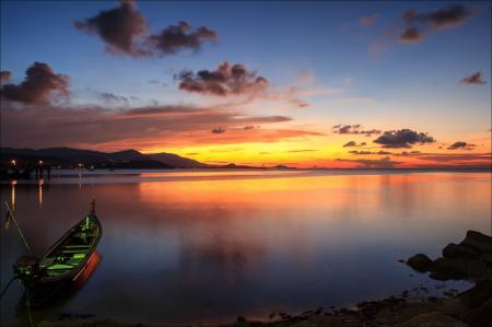 Обои лодка, пирс, залив, море