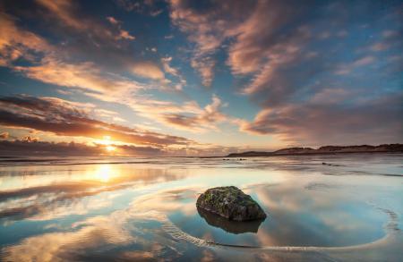 Картинки небо, берег, вода, камень