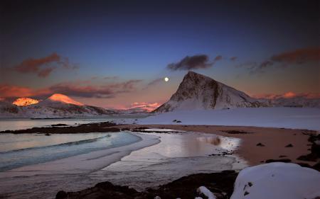 Фото горы, озеро, пейзаж