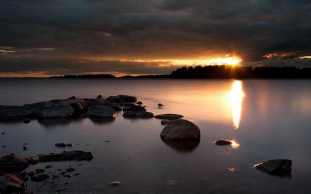 Обои ночь, озеро, пейзаж