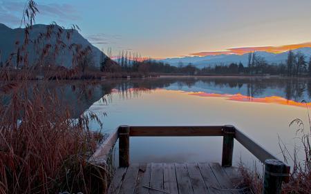 Обои закат, озеро, мост, пейзаж