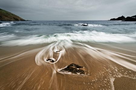 Заставки море, пляж, камни, вода
