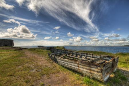 Картинки лодка, море, трава, облака
