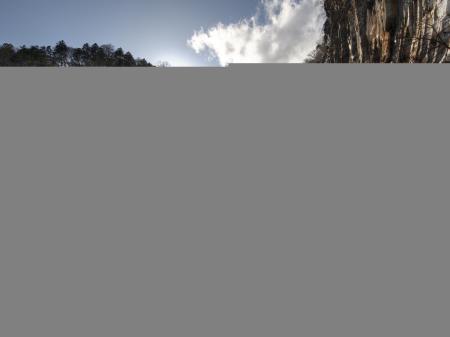 Фотографии скалы, водопад, низина, снег