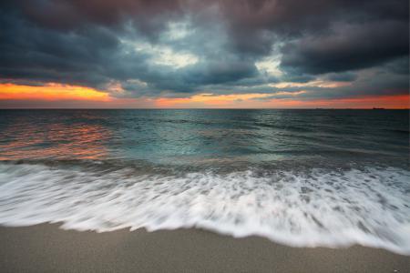Картинки море, берег, небо, пена