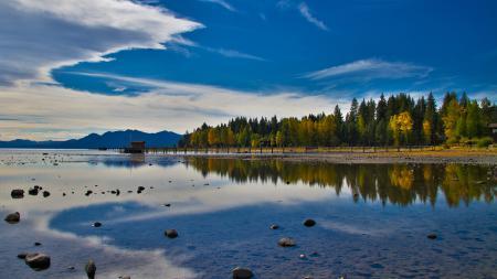 Картинки озеро, лес, деревья, небо
