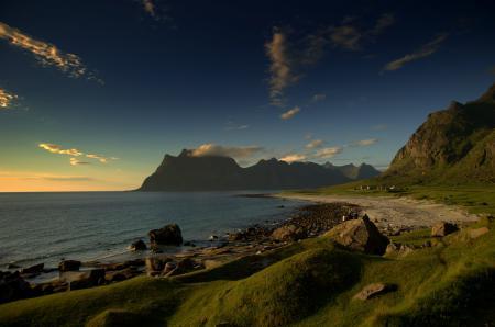 Фото горы, море, берег